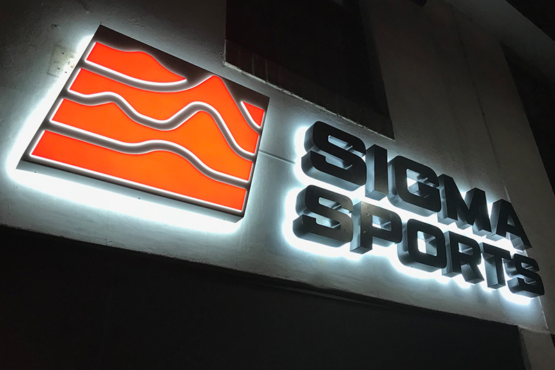 Sigma Sports Halo Illuminated Signage